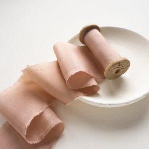La Lettre Rose Gold Lint atelier handgemaakte zijden linten hand dyed silk ribbon